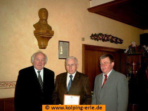 Jubilar mit Präses Barlage und Vorsitzendem Ludger Askamp