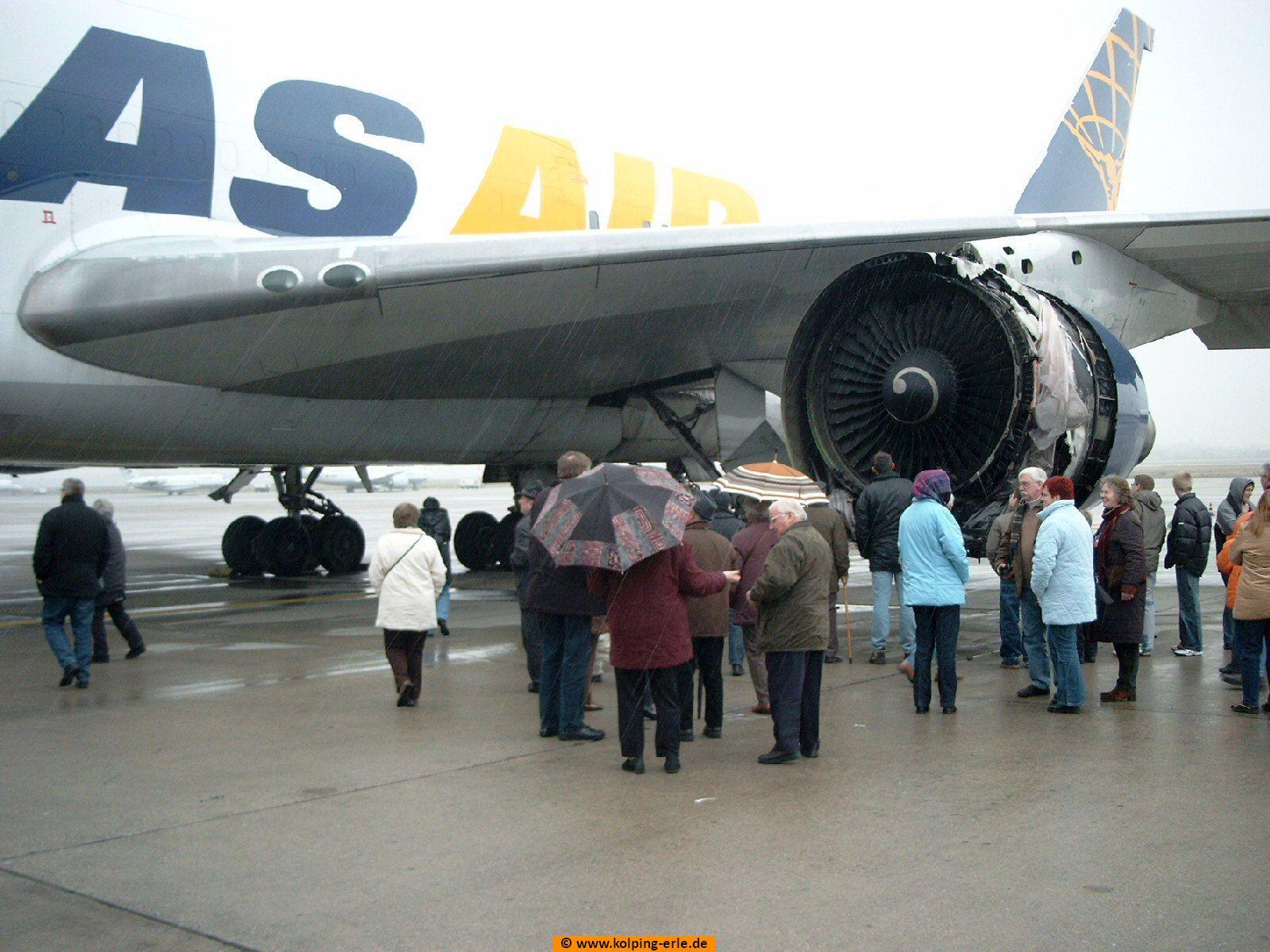 Bechädigtes Flugzeug