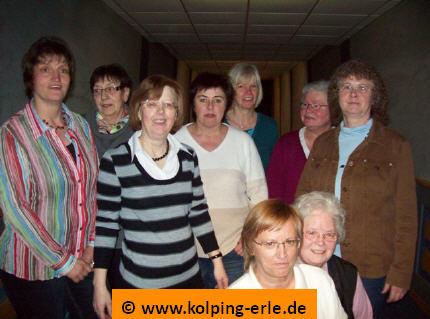 Das Bild zeigt die Damenmannschaft von 2009 der Kolpingsfamilie-Erle