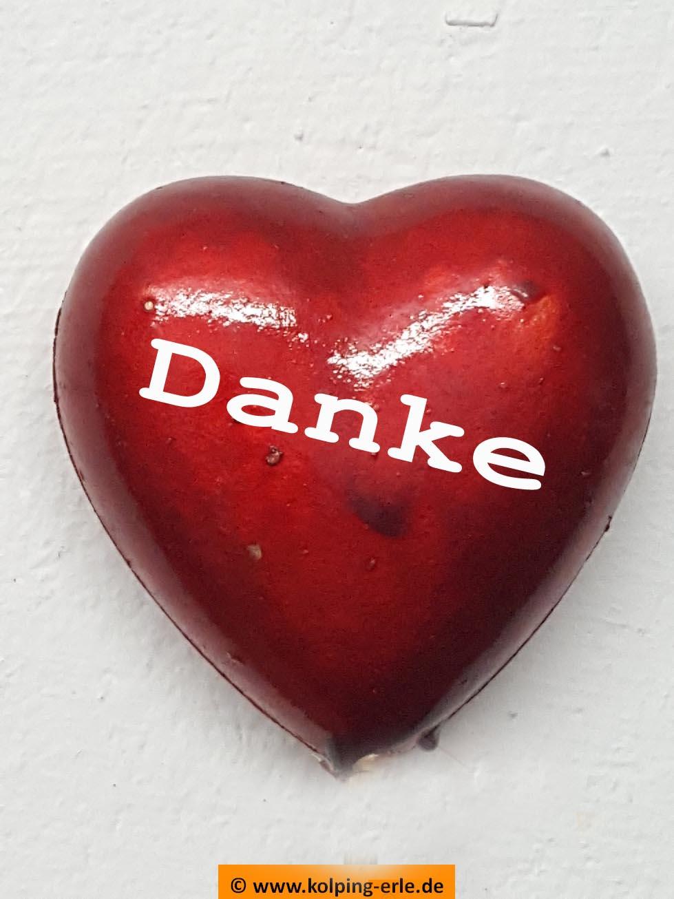 Rotes Herz mit dem Schriftzug Danke